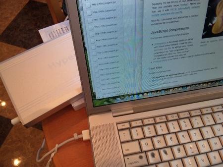 Hyper Mac と MacBook Pro